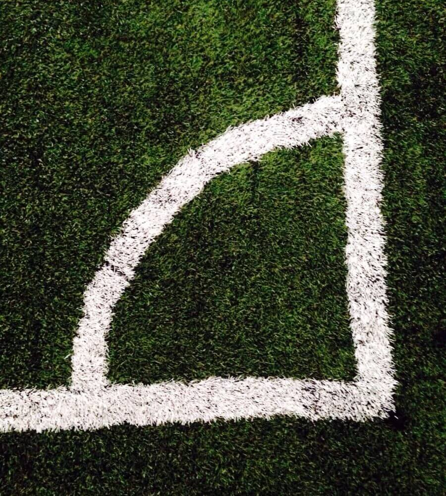 угол футбольного поля